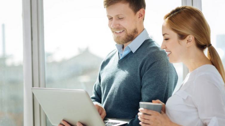 在线企业培训系统如何应对传统培训挑战?