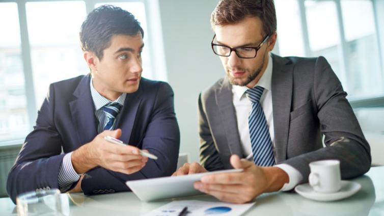 如何找到一个物有所值的企业员工在线培训系统平台?