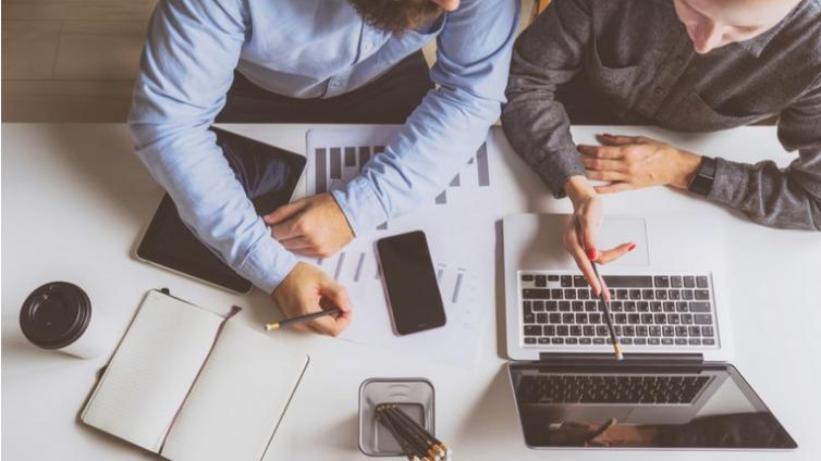 定制企业培训系统方案需要考虑的4件事