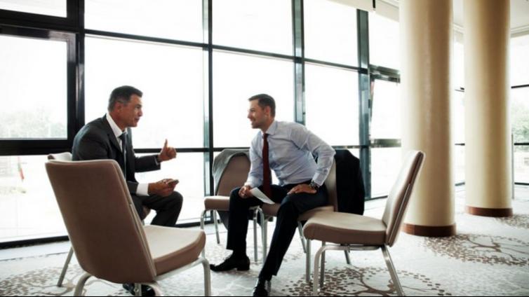 企业管理在线学习平台的特色功能有哪些?