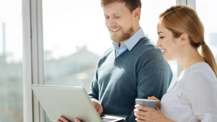 在线企业培训系统,如何应对传统培训的挑战?