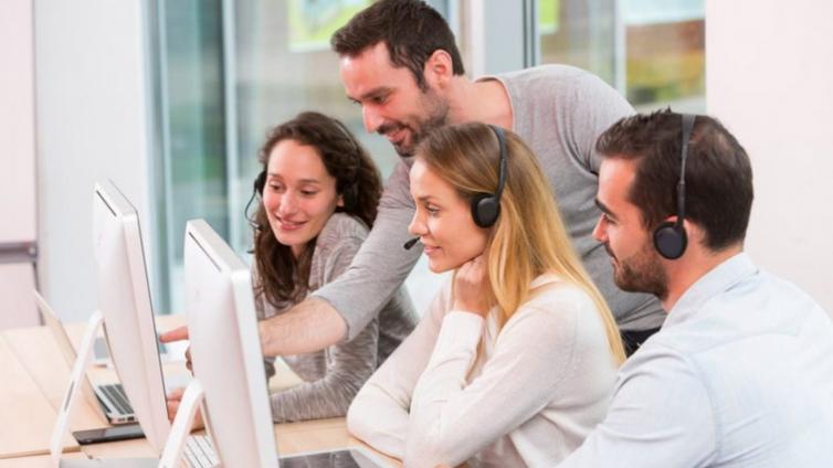 在选择企业在线培训平台之前,如何进行培训需求分析?