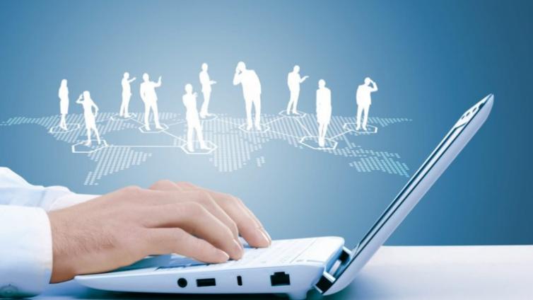 如何通过企业在线培训平台跟踪培训效果?