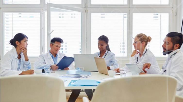 医疗行业如何选择合适的在线培训系统?这里有6条提示